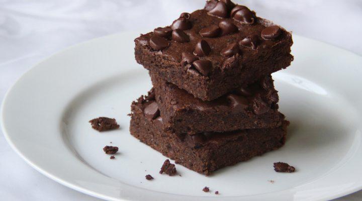 Flourless Black Bean Brownies :: Recipes :: Camellia Brand