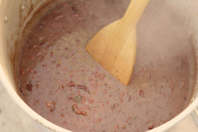 Tender, cooked red beans