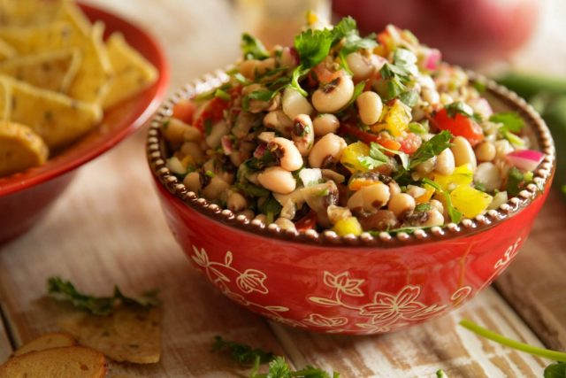 CowBoy Caviar in red bowl