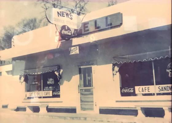 News Restaurant in 1942.