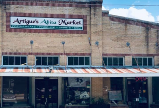 Artigue's Abita Market